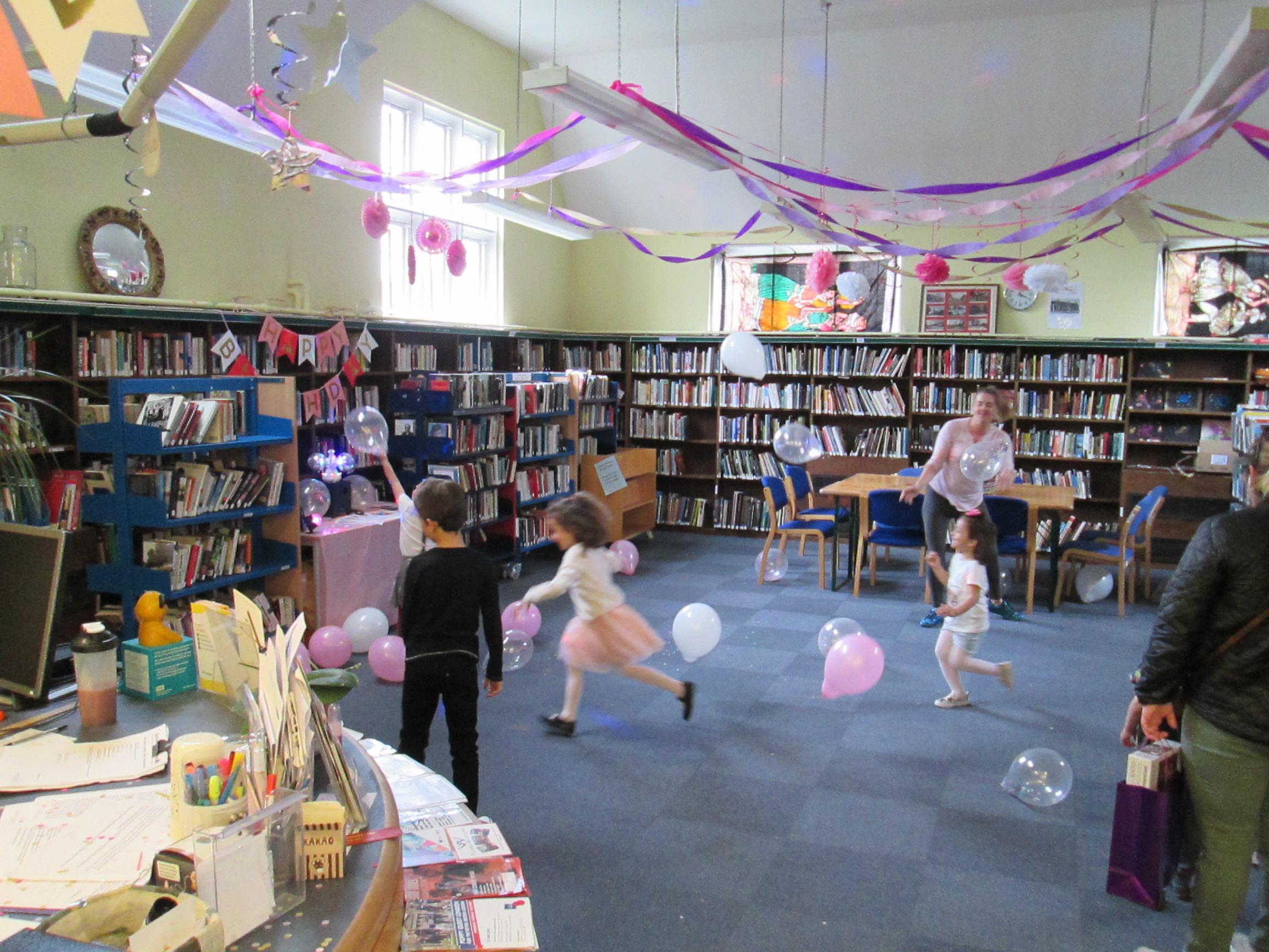 Friern Barnet Community Library, FBCL,, www fbclibrary org